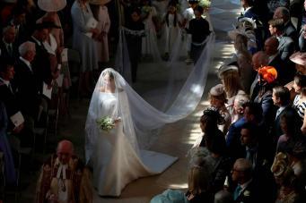 проход невесты к алтарю