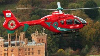 медицинский вертолет в Уэльсе