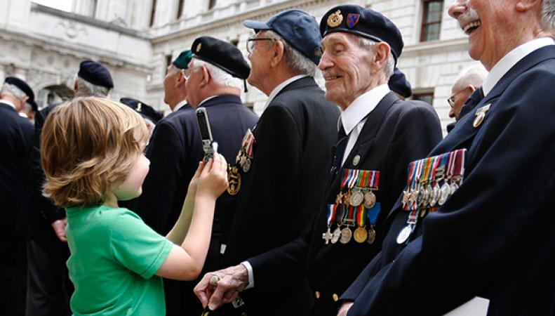 В торжествах в честь 70-летия Победы в Лондоне участвовали более тысячи ветеранов