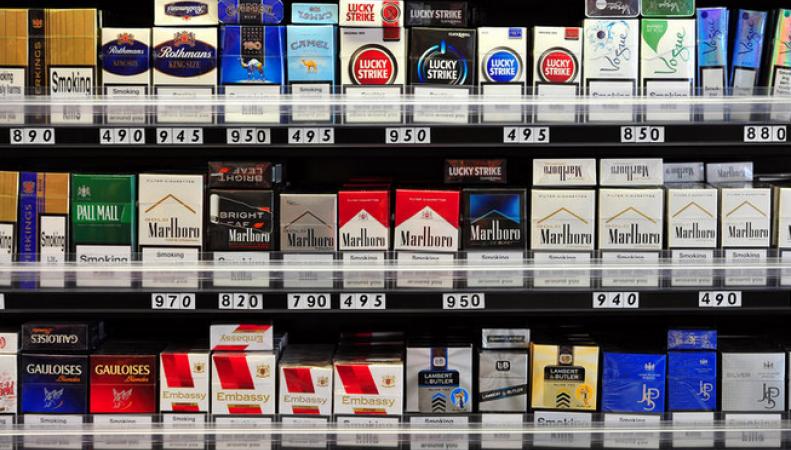 Британцам, родившимся после 2000 года, не будут продавать сигареты