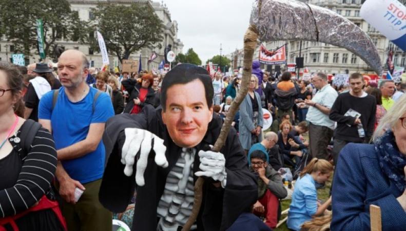 антиправительственный марш в Лондоне