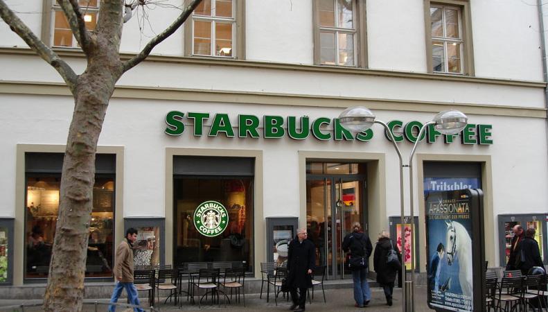 Starbucks переносит штаб-квартиру в Лондон из Амстердама