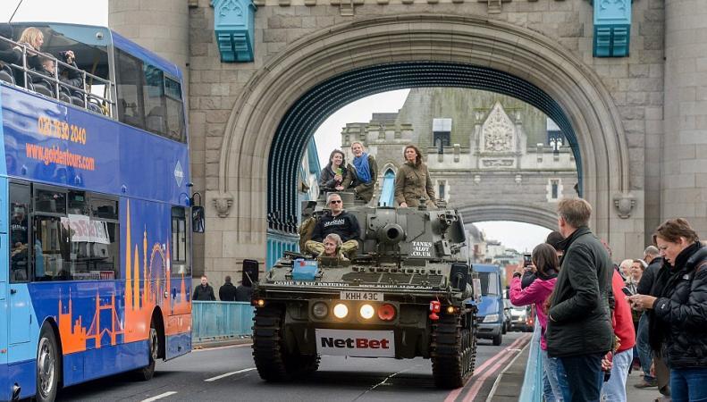 В Лондоне появилась экскурсия на танке