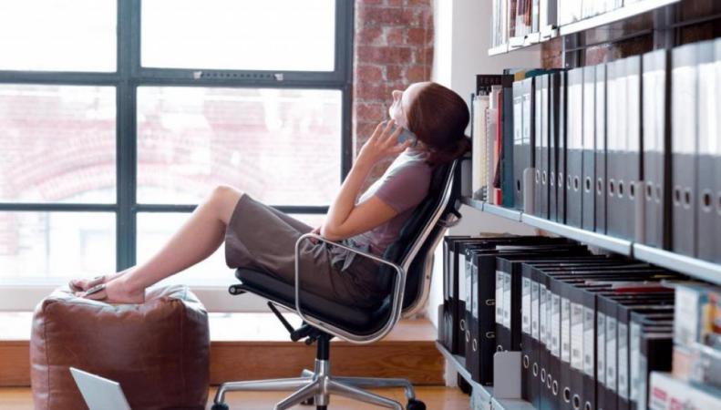 Уровень прожиточного минимума вынуждает британцев жить в офисах и спортзалах