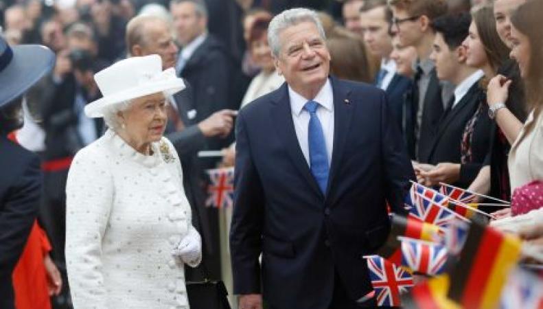 Королева Елизавета II и Йоахим Гаук