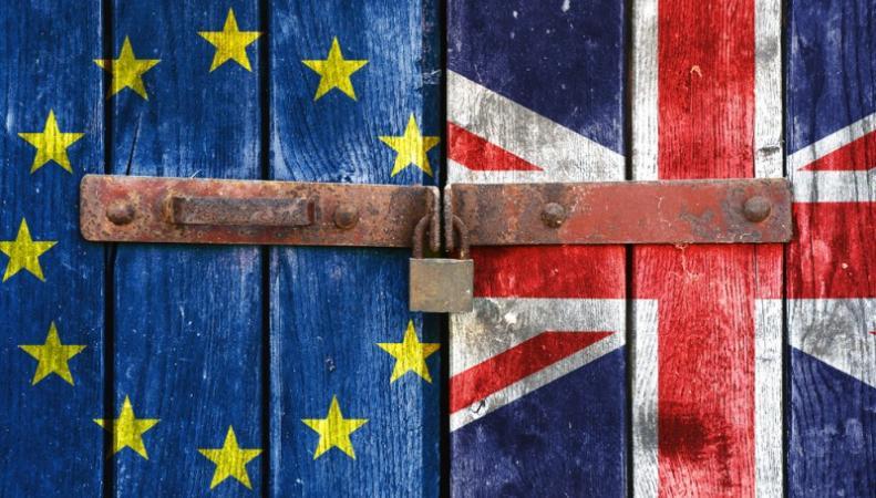 флаги ЕС и Великобритании