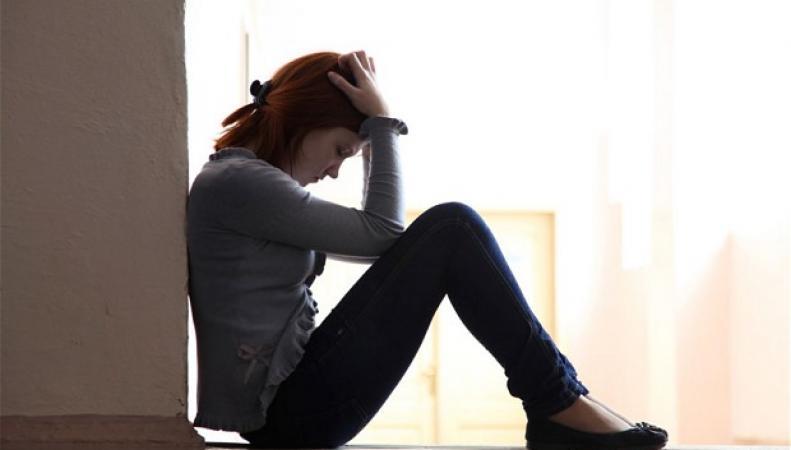 девочка в депрессии
