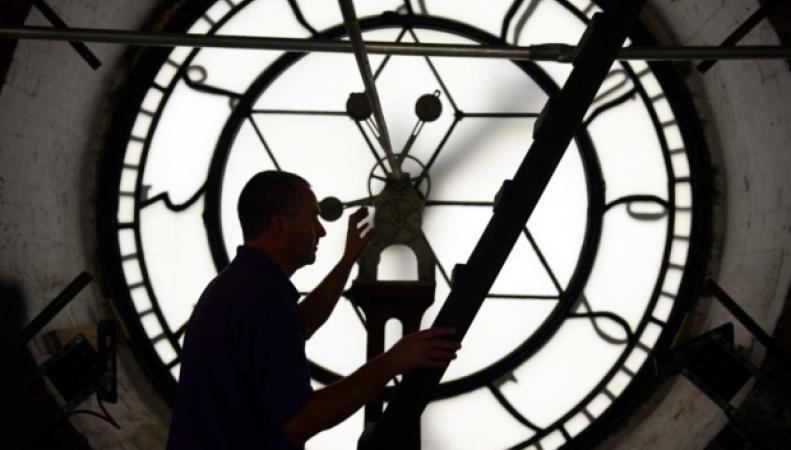 часы и часовщик