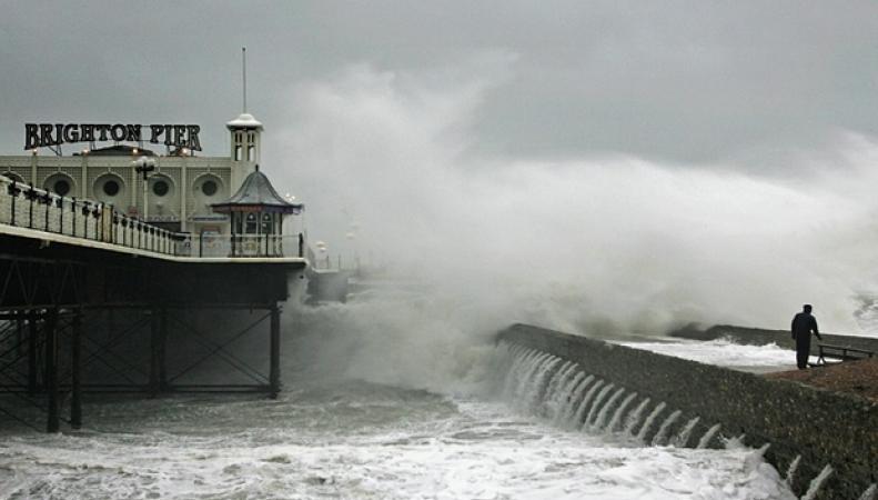 шторм в Англии