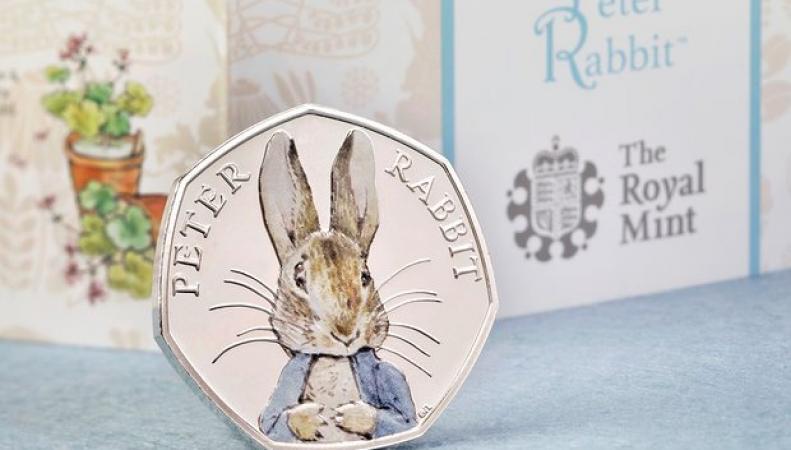 коллекционная монета в честь Беатрис Поттер