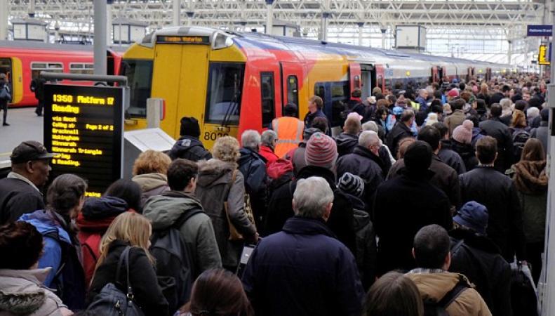 Хаос на железнодорожном вокзале