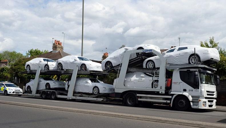 Автовоз с Maserati