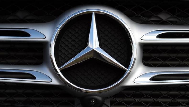 радиаторная решетка Mercedes