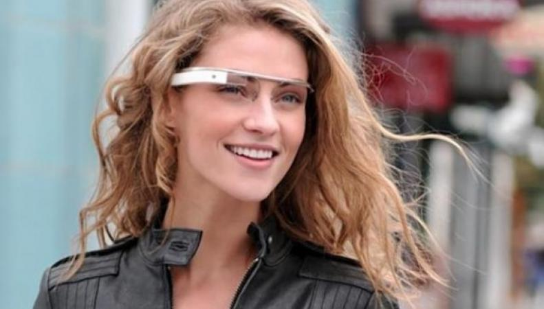 В США началась свободная продажа «умных очков» Google Glass