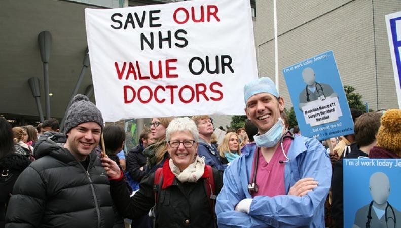 протест британских врачей