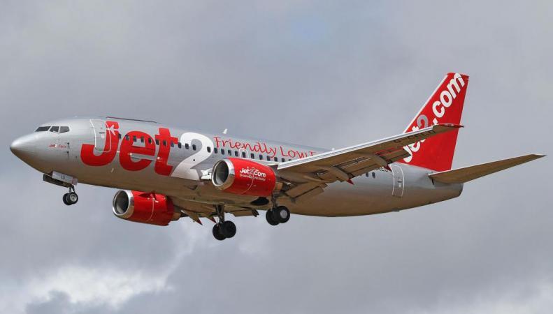 самолет Jet2