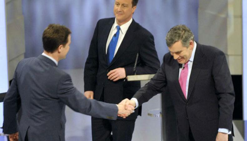 Первые теледебаты в Британии не выявили лидера предвыборной гонки