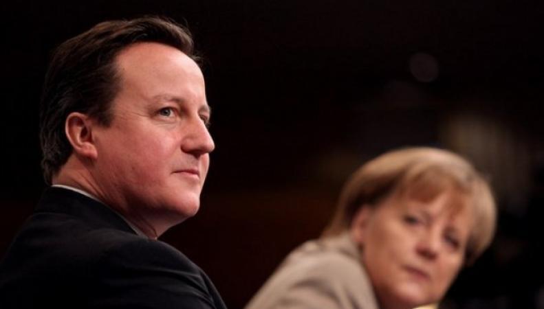 Кэмерон с Меркель обсудили заявление Путина по Украине