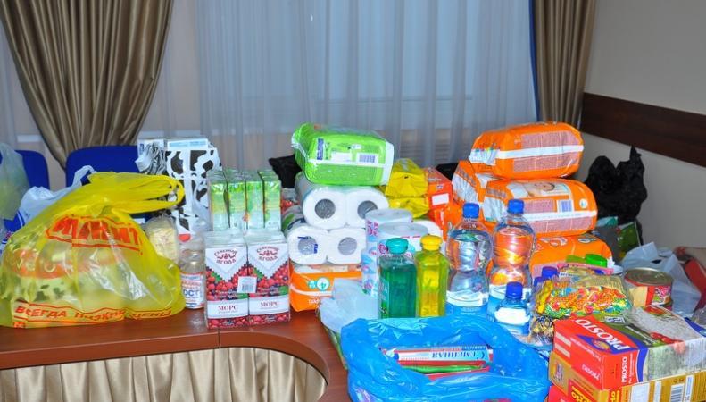 В Луганск прибыла колонна с гуманитарной помощью
