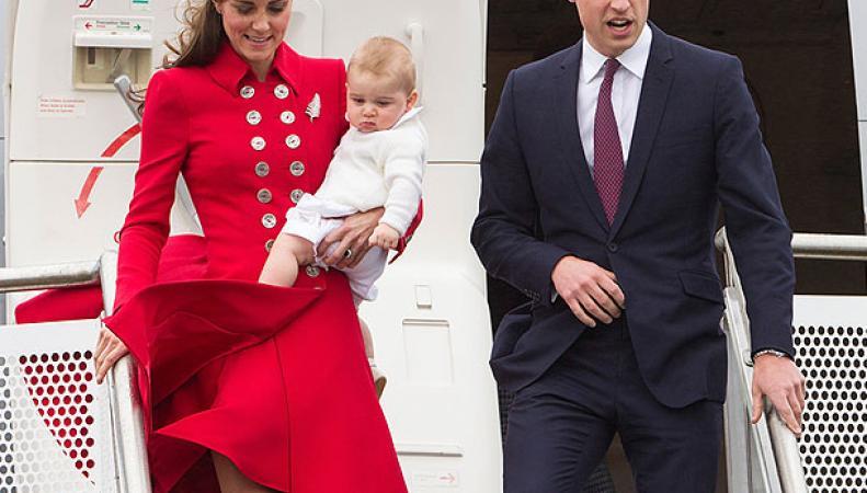 Принц Уильям с супругой и маленьким сыном прибыли в Новую Зеландию
