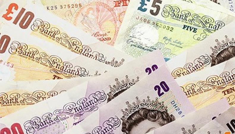 Пять семей Великобритании оказались богаче 1/5 населения страны