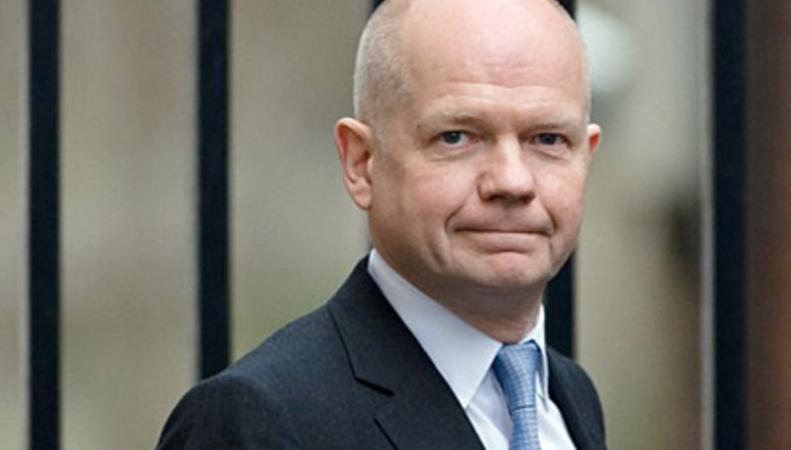 Лондон обвинил Москву в интервенции на Украине