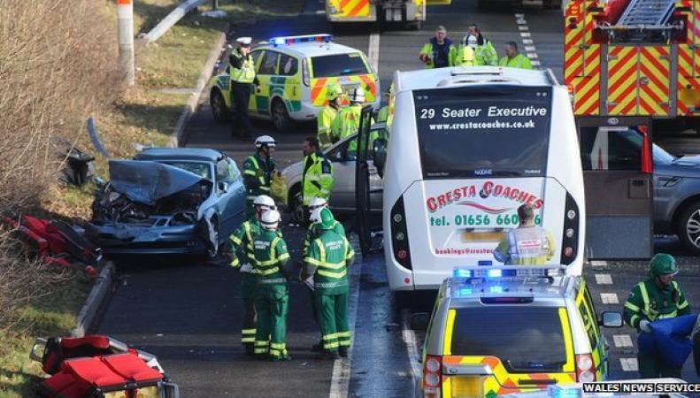 Авария на шоссе М4