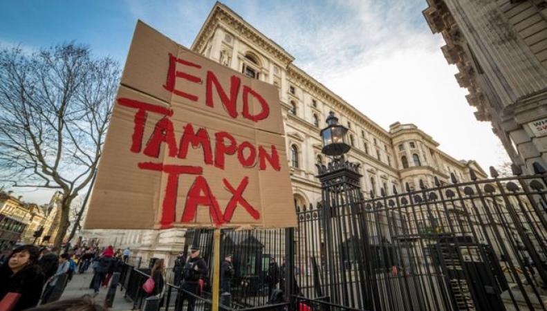 "Протест против  ""налога на тампоны"""