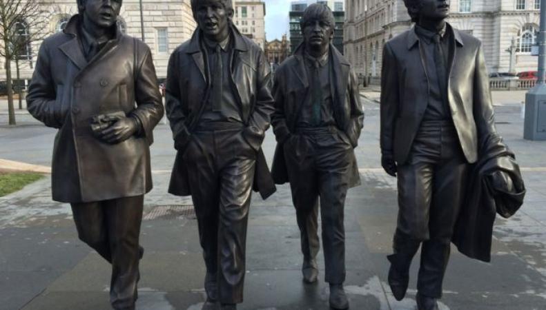 памятник The Beatles в Ливерпуле