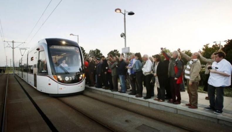 новые трамваи в Шотландии