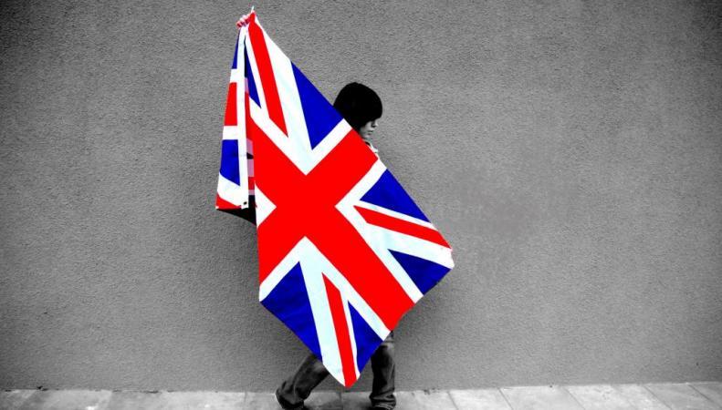 Независимость Шотландии угрожает британскому флагу