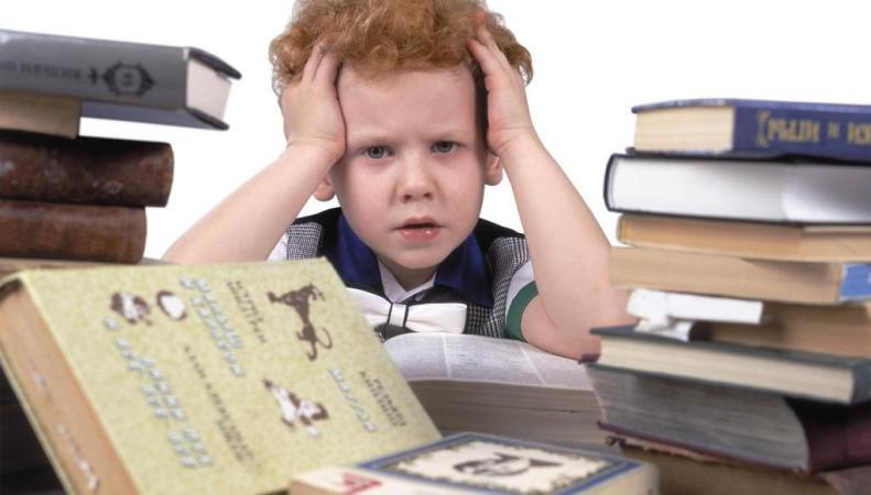 Дети подвержены психозу при частой смене школ