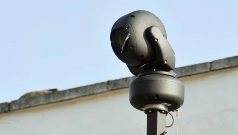камера наружного наблюдения полиции Уэльса