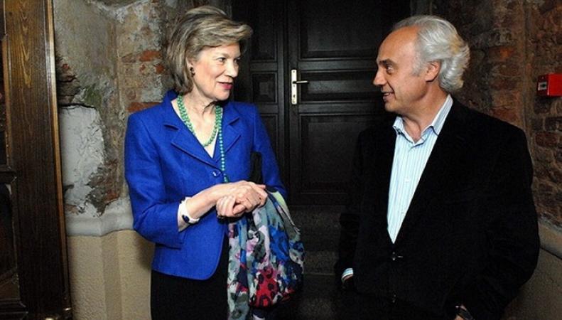 Герцогиня Аберкорнская стала почетным доктором университета