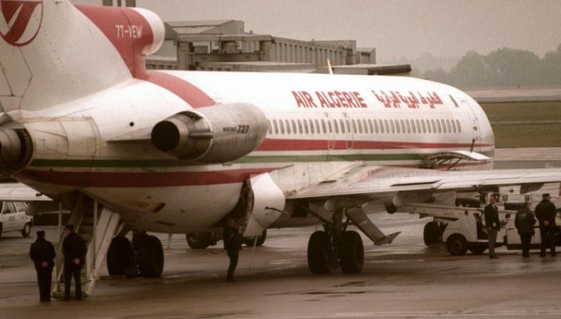 Самолет алжирских авиалиний