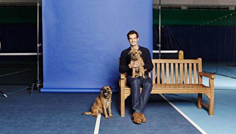 Энди Маррэй общается со своими собаками по скайпу во время командировок