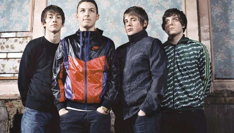 Arctic Monkeys и Дэвид Боуи стали триумфаторами премии Brit Awards