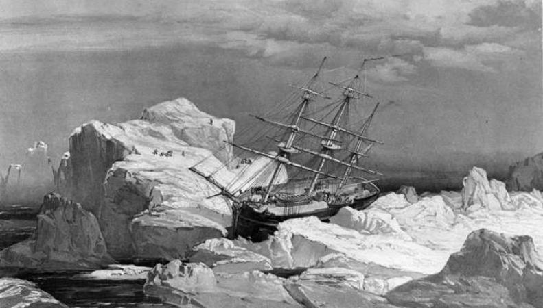 Корабль в Арктике