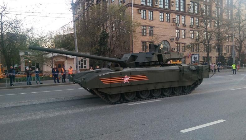 """Великобритания испугалась """"Арматы"""" и решила обновить танки"""
