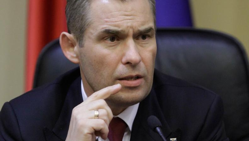 Бесчеловечной назвал политику Петра Порошенко Павел Астахов, http://pics.top.rbc.ru