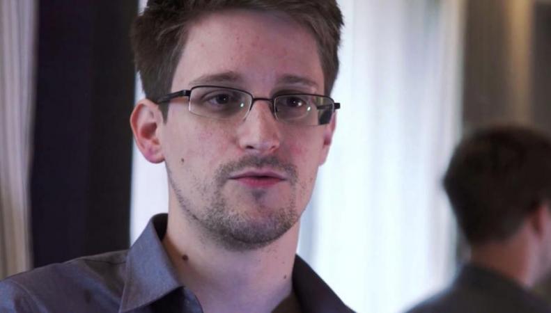 Сноуден официально стал ректором Университета Глазго в Шотландии