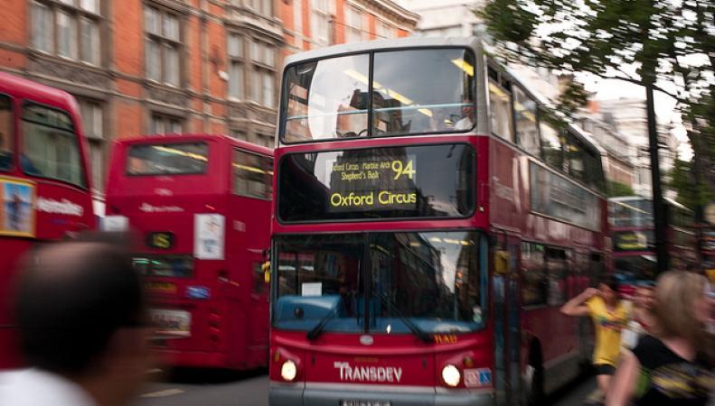 Автобусы на Оксфорд-стрит