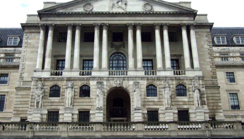 """Банки Британии начали интересоваться происхождением """"русских"""" денег"""