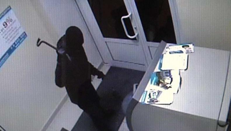 Кража банкомата (видеозапись)