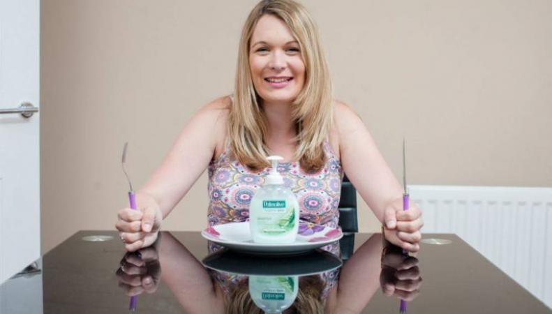 Беременная британка пристрастилась к поеданию мыла