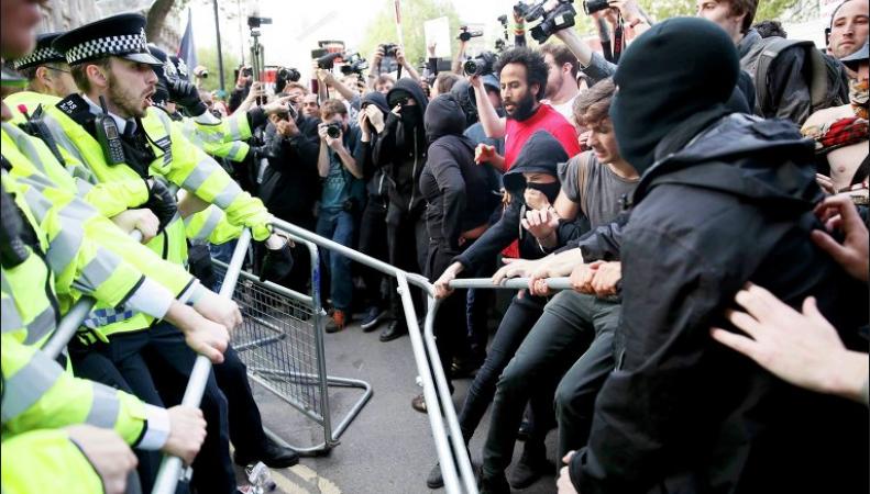 Протесты в Лондоне 9 мая