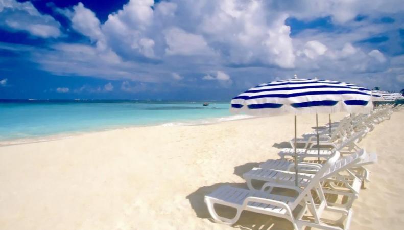 Каждый десятый британский пляж будет закрыт в связи с новым законом Евросоюза