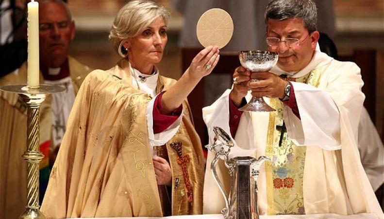 Палата лордов одобрила введение женского епископата