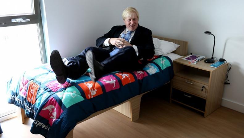 Мэр Лондона Борис Джонсон в Олимпийской деревне Сочи