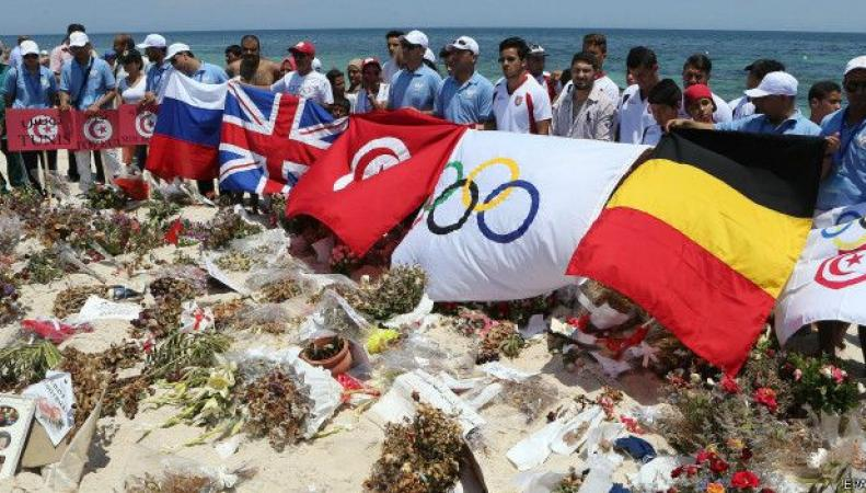 МИД Великобритании призывает британцев покинуть Тунис
